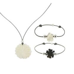 Set Colliers et Bracelet Fleurs et Trefle de Nacre